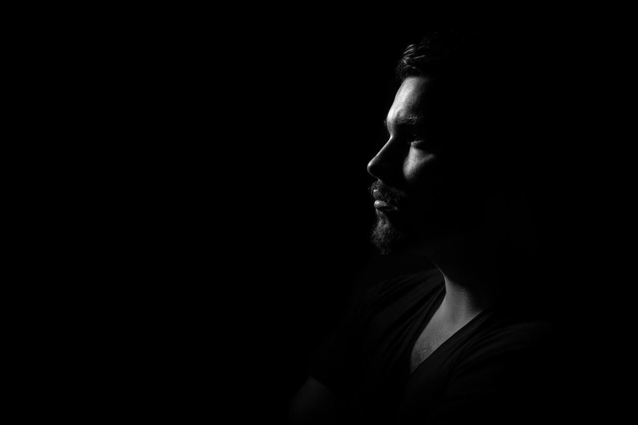 MIDLIFE CRISIS Sexualität, die Bühne der Krise bei Männern. 7 Phasen der Krise & 4 Schritte in Richtung Lösung